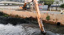 Secretaria de Obras de Osasco inicia desassoreamento do Córrego Baronesa